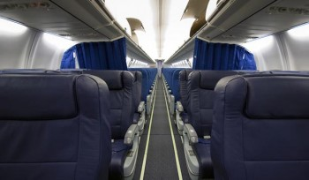 Business Flight Corporate Charter on Boeing 737-700 Airliner