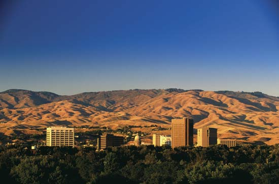 Charter a Private Jet to Boise Idaho