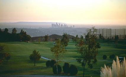 Private Jet travel to Glendale, California for great golf courses