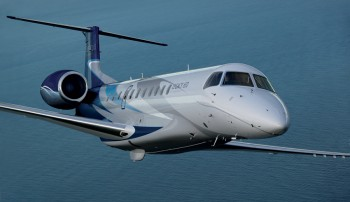 Private Plane Embraer Legacy 650 Jet