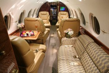 Aircraft Private Charter Hawker 800 Jet