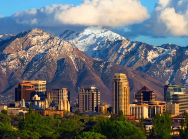 One Way Charter Flights to Salt Lake City, Utah